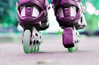 how to stop on rollerblades