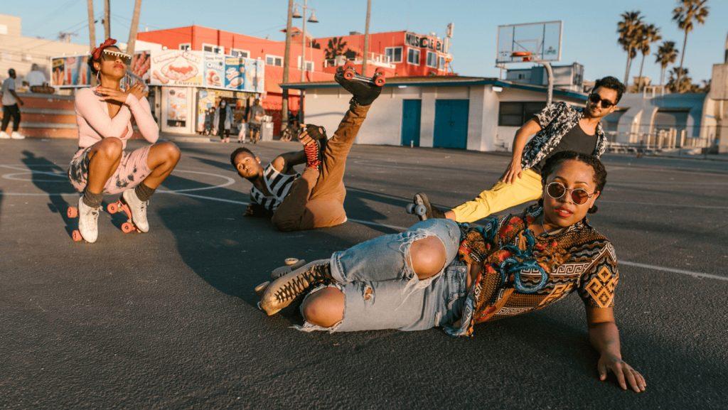 group skate dancing