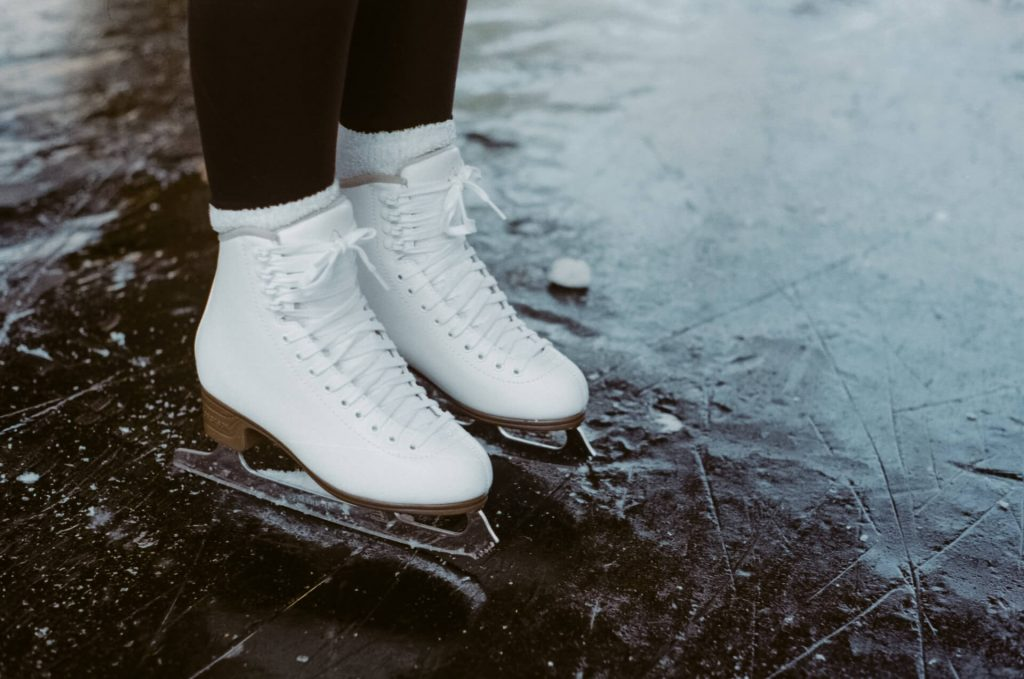 how to convert ice skates to roller skates